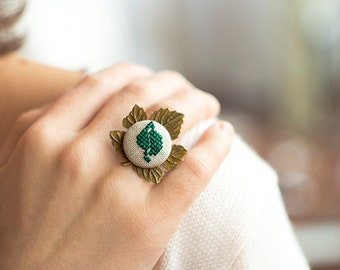 Leaf ring - cross stitch botanical jewelry r001