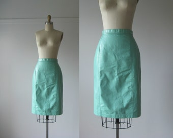 vintage leather skirt / 80s skirt / Minty Babe