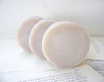 Shaving Soap, Blackberry Amber Handmade Shaving Soap with Tallow and Lanolin for Men
