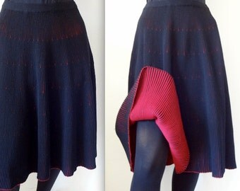 1950s Wool Knit Skirt / 50s black & red dirndl skirt / vintage mid-century