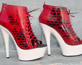 red brick wall and spikes size 6