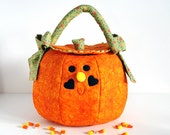 Quilted Pumpkin Trick or Treat Bag Large Tangerine & Orange Vine