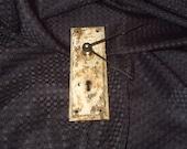 Rustic Key Hole Clock