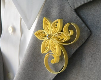 Canary Boutonniere, Pastel Yellow Buttonhole, Soft Yellow Wedding, Mens Wedding Boutonnieres, Yellow Flower Accessory
