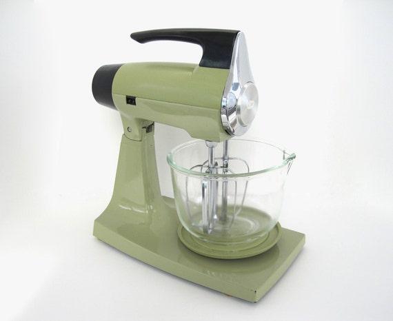 Sunbeam Electric Stand Mixer ~ Vintage stand mixer avocado green sunbeam mixmaster s