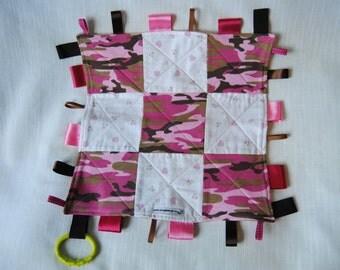 Pretty Pink Camo Taggie Blankie