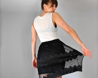Vintage Early 90s Black Scalloped Crochet Lace High Waisted Skirt Women's Knee Length Size Small 1990s