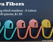 Locking Stitch Markers for knitting, set of 20 piece, plastic