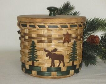 Toilet Paper Basket with a Lid- Storage Basket-Moose-Canister Basket-Round Basket- Handwoven Basket