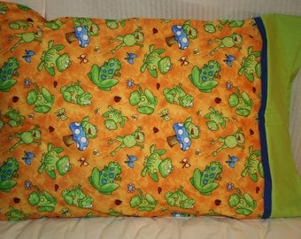 Happy Frogs  Pillowcase
