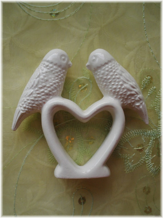personalised ceramic wedding cake toppers birds wedding cake topper ceramic vintage white or napkin 18209