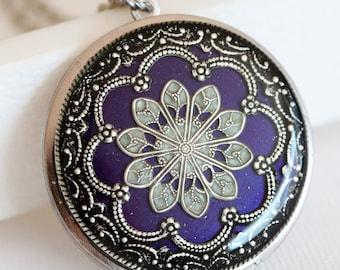 Locket, Silver Locket,Purple Locket,filigree locket necklace,photo locket , vintage locket,Wedding Necklace,bridesmaid necklace