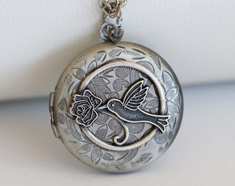 "Hummingbird Silver Locket 30"" chain"