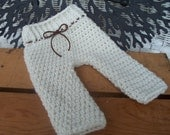 Newborn Pants Pattern / PDF PATTERN / baby shorts / trousers / photo props / knit / crochet