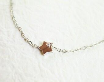 tiny star bracelet - dainty silver chain Bracelet - S3325-1