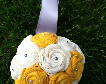 Sola flower kissing ball - Yellow and Grey