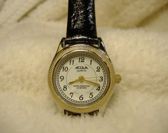 Vintage 1980s Acqua Quartz Watch