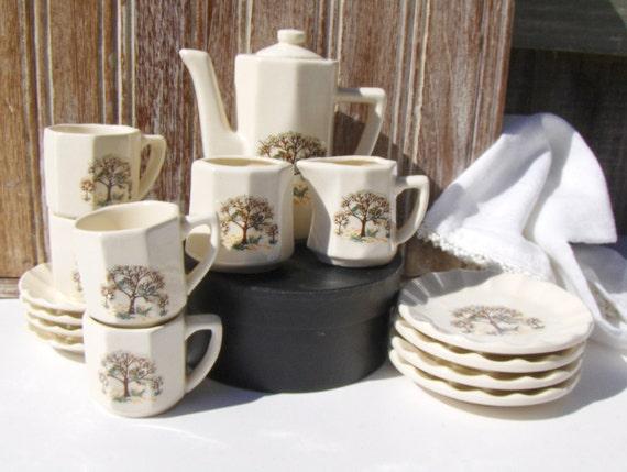 vintage owl miniature tea set childrens china girls. Black Bedroom Furniture Sets. Home Design Ideas
