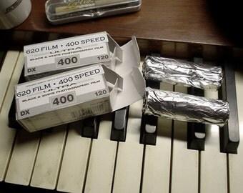 620 Film B&W 400 speed film 2 rolls FRESH for KODAK Brownie and other cameras using 620 film