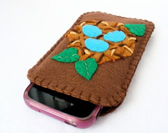 Bird's Nest Phone Case,  Felt iPhone,  Android,  Hand Stitched Brown Nest with Robin's Eggs