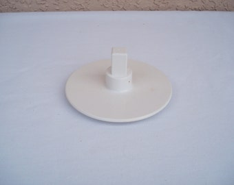 OSTER Kitchen Center Slicer And Shredder Attachment Disk Stand Replacement Part(s).