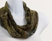 Short Infinity Scarf - Rich Green Collage - Elegant Camouflage ~ SH120-S1
