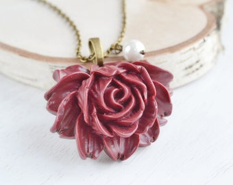 Wine Red Rose Flower Necklace,Burgundy Cabochon Flower Jewelry Necklace,Bridesmaid Gift,Statement Necklace,Spring Garden,Floral Jewelry