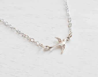 Bird Necklace, Sparrow Bird Jewelry, Simple Swallow Bird Necklace, Silver Bird Necklace, Petite Sparrow, Everyday Jewelry, Dainty Bird Charm