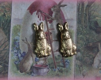 1 Brass Sitting Bunny