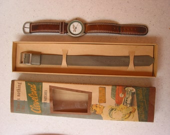 Vintage Cleveland Watch in box with extra watch band water resistant