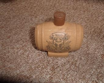 vintage avon perfume bottle barrel shampoo full wild country