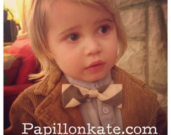 Baby Toddler Kid Bow Tie or Hair Bow Grey and Off-White Chevron Striped