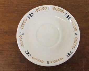 Vintage Homer Laughlin Saucer w/Tan & Black Wheat Design (E2639)