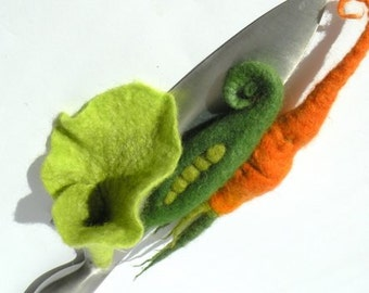 Felted brooches complect Vegetable salad Three items Green peas, Fresh carrot and Salad
