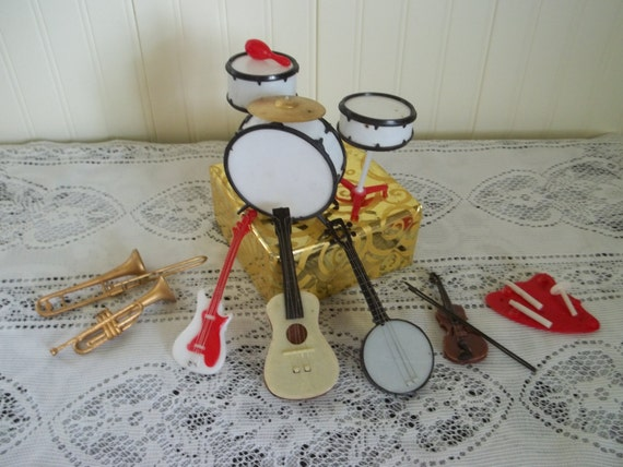 ViNtAge Cake Decorations/Band Instruments/Music by ...