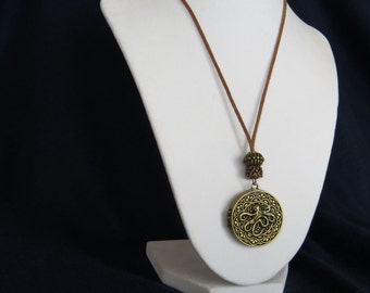 Fashion Jewelry - Bronze colored Octopus Locket  Adjustable  Necklace with Bronze beads