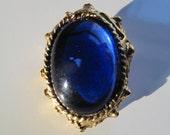 sapphire blue brooch pendant