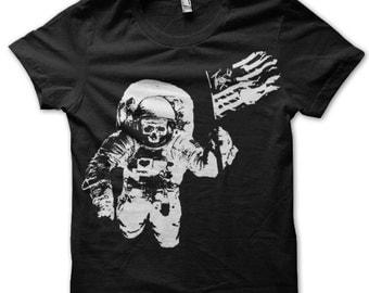 Men TShirt - Black Astronaut Graphic Shirt - NASA