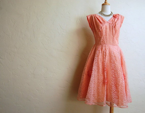 Treasury Item-Striking Vintage 1950s Peach Lace Prom Party Dress w Flower Appliques