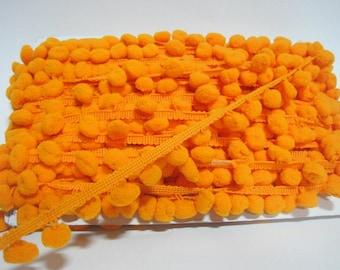 5 Yards Orange Large Pom Pom Trim, Orange Trim, Orange pom pom trim, Trim Lot, Wholesale Trim, Orange, Large Pom Pom, pom pom fringe, orange