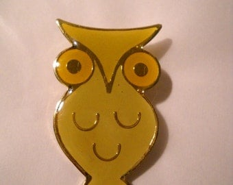 Enamel Owl Pin Yellow