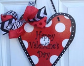 This beautiful Valentine heart will have your door ready for Valentine's day