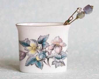 Vintage Porcelain Vase - Made in England - Royal Worcester