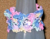 Crocheted Queen Anne's Lace Bracelet, Spring Pastels, 7-1/2 Inches