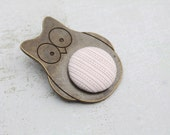 Owl brooch - Classy - button jewelry