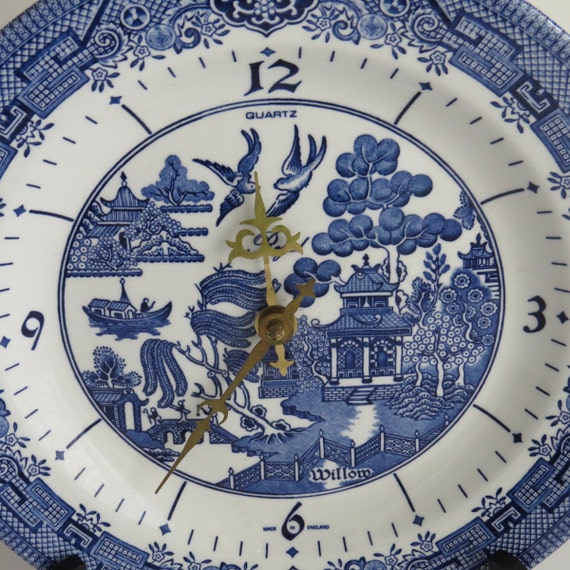 Vintage Blue Willow Quartz Plate Clock By Shabbyshopgirls