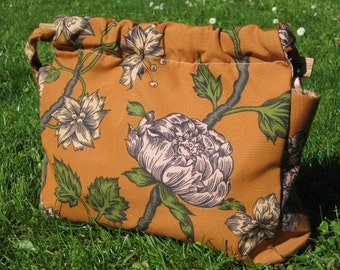 Vintage 1970s Handmade Flower Purse