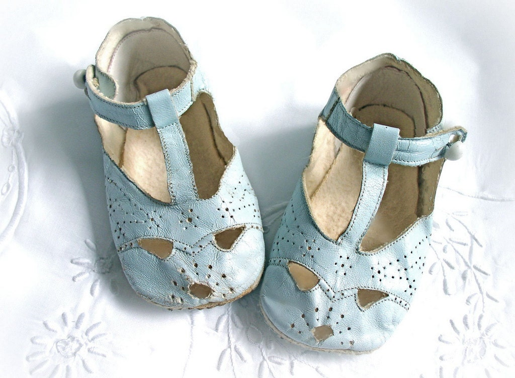 vintage blue leather buttoned baby shoes preforated design