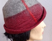 Bordeaux red and gray retro hat, felted hat, felt cloche, 1920s inspired hat, art deco inspired, vintage fashion, winter hat
