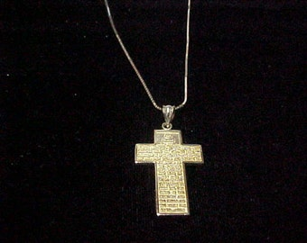 """Vintage Cross Pendant with Lord's Prayer, 14K Yellow Gold, 1.25"""" x 7/8"""", 5.3 Gram, with 14K Gold Chain 18"""""""